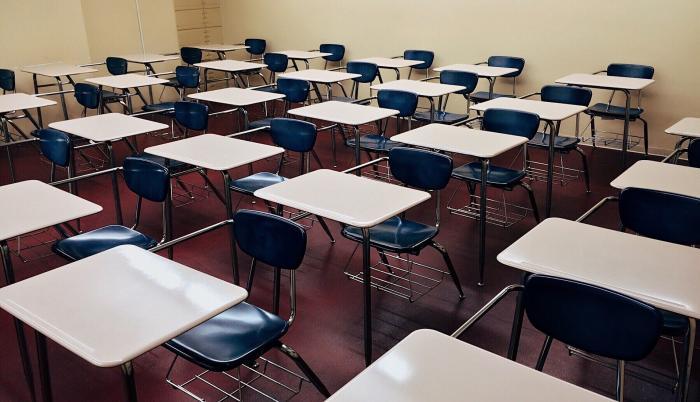 Nueva fecha para inicio de clases en régimen Costa y Galápagos. Imagen: Pixabay. Fecha: Martes, 20 de abril de 2020.