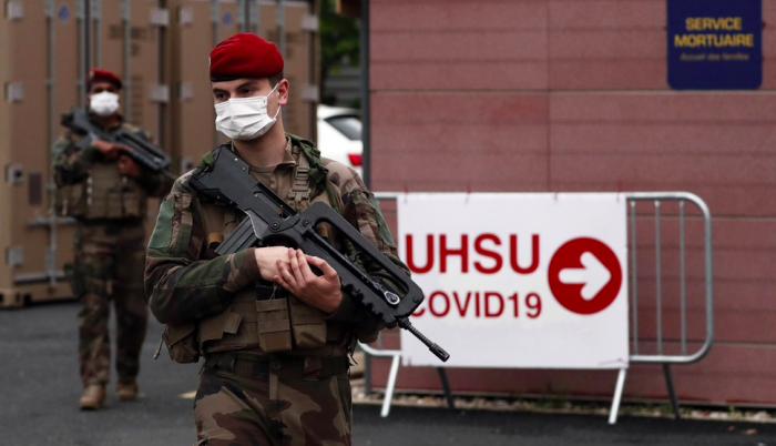 Coronavirus Paracaidistas militares franceses
