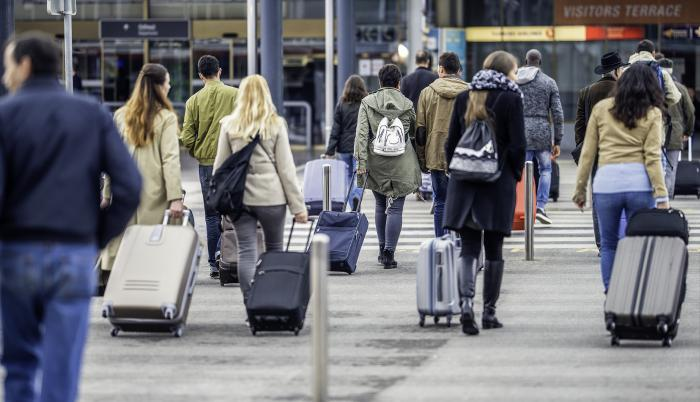 aeropuerto-pasajero-gente