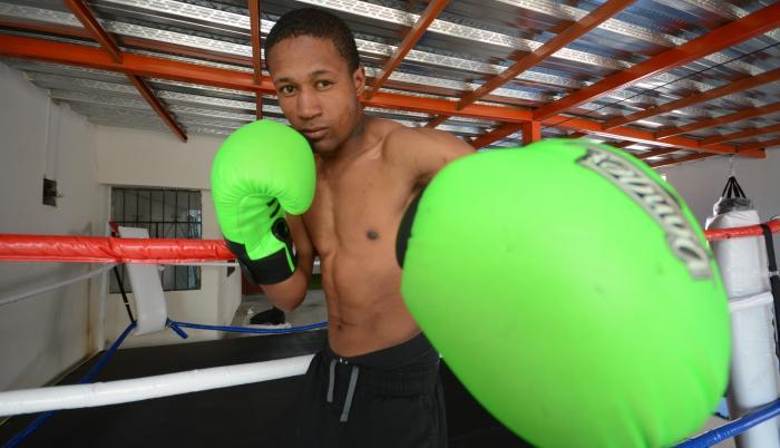 alexander-espinoza-boxeador