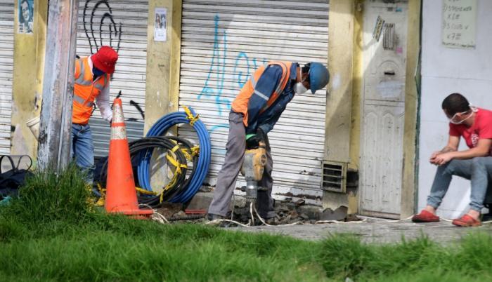 Reactivación-Quito-producción-semáforo