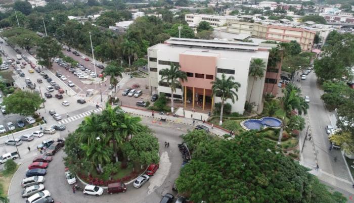 Universidad Guayaquil