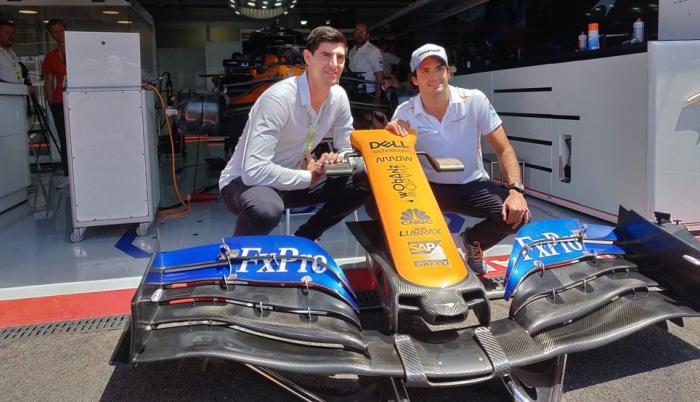 Courtois Carlos Sainz Fórmula Uno fútbol