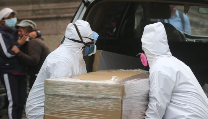 Coronavirus: Calles y casas con 30 fallecidos en Quito. Foto usada en portada, 22 de mayo de 2020.