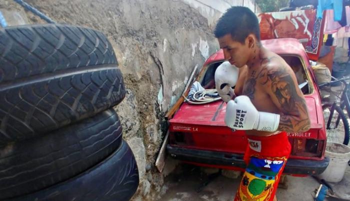 jonatha-chicaiza-titulo-nacional-boxeo