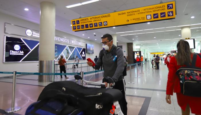 Coronavirus Aeropuerto Aislamiento