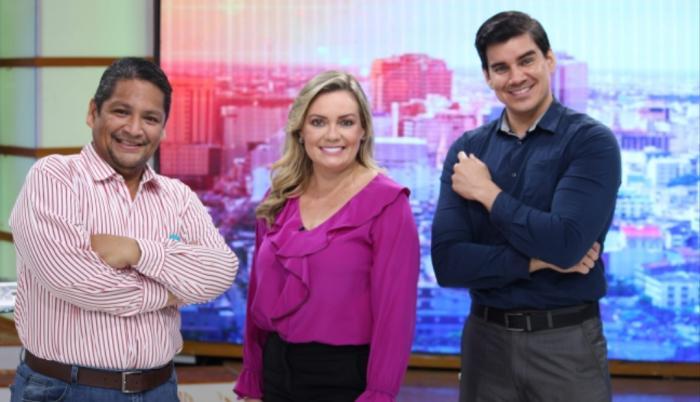 Carlos Julio Gurumendi, Úrsula Strenge e Isaac Delgado.