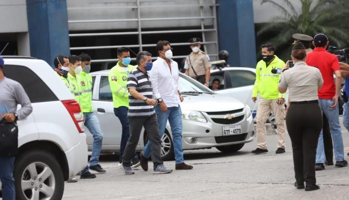Carlos Luis Morales, detenido compras de emergencia