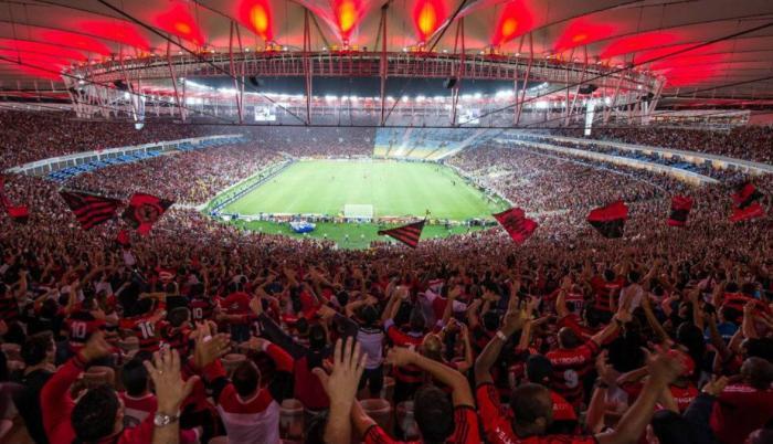 hinchas-estadios-brasil-partido