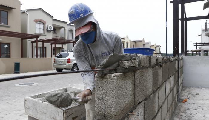 construcción+recuperación+pandemia
