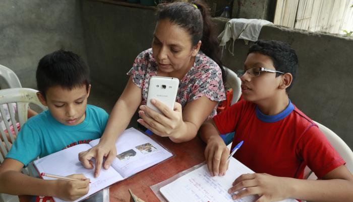 Melba Alvarado- Clases en la Costa-Educación No Presencial-2020