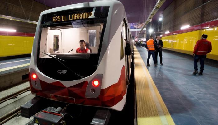 El Metro de Quito, el primero de Ecuador, inició este lunes los recorridos de prueba de los vagones entre las estaciones de Iñaquito y Jipijapa.