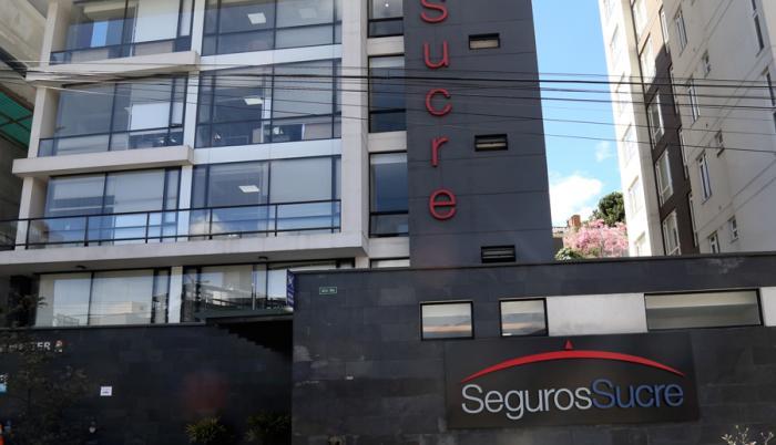 Seguros Sucre competía en la licitación con Seguros La Unión.