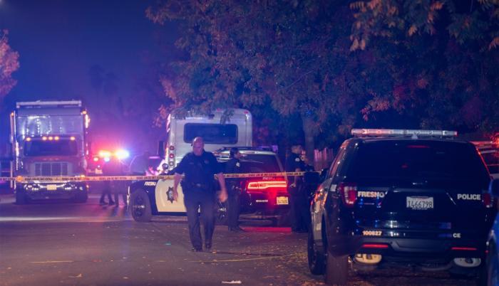 La Policía investiga el tiroteo en una vivienda en Fresno.