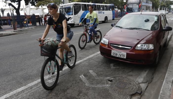 Turistas en recorrido ciclístico por el centro de la ciudad. 5 de septiembre de 2019.