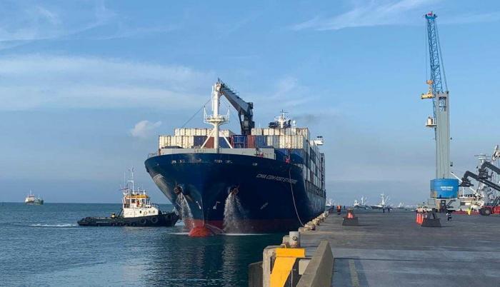 Se inauguró el servicio en el puerto de Manta la línea Naviera CMA - CGM.