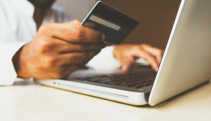 El Black Friday y los días de descuentos en general son fechas especiales para los cibercriminales que se aprovechan de los compradores menos atentos en línea.