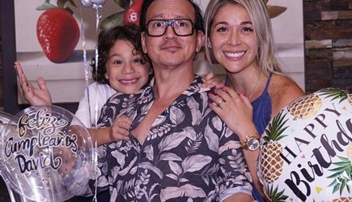 Catherine Velasteguí con su familia.