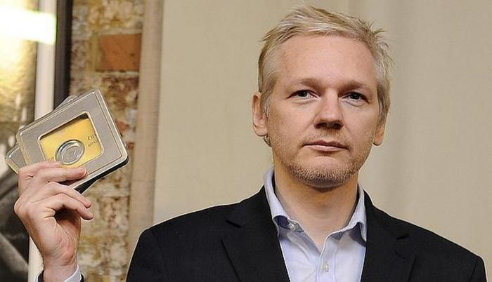 Medida. La defensa de Assange prevé presentar un recurso para que el documento que ya es público, no se haga público.