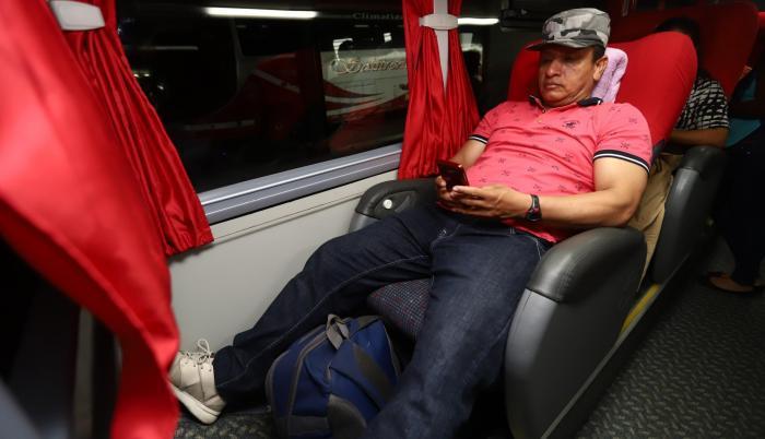 Relax. Cooperativas como Trans Esmeraldas tienen buses con coche cama.