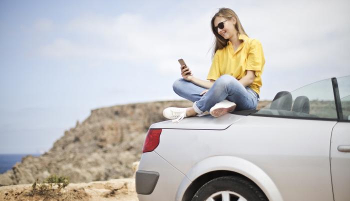 Referencial. La generación iGen pasa mucho más tiempo en internet, en las redes sociales, jugando videojuegos y mirando videos.