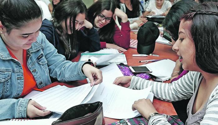 Tarea. Las universidades se han visto obligadas a nivelar a los bachilleres antes de que ingresen a sus carreras.