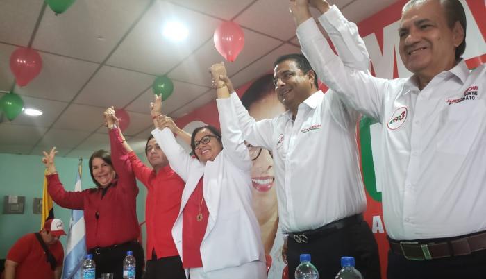 Dos mujeres se suman a la carrera por la Alcaldía de Guayaquil y la Prefectura del Guayas