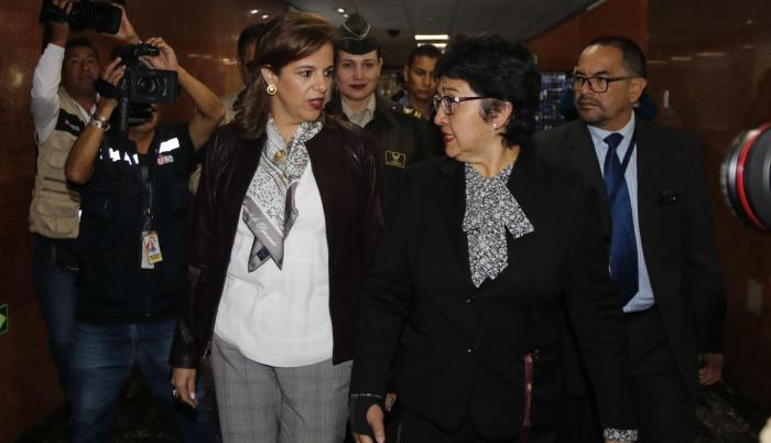Presencia. La ministra de Gobierno, María Paula Romo ha tenido un acercamiento continuo con la Asamblea.