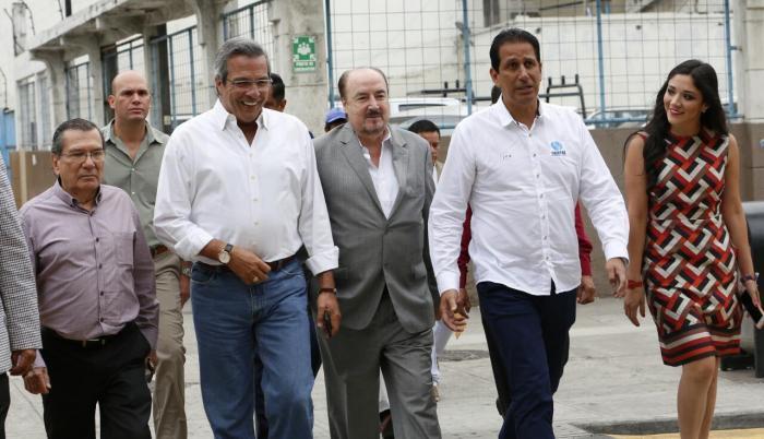 Frente por Guayas reunió por primera vez al prefecto Jimmy Jairala; a Gustavo Larrea, líder de Democracia Sí; y al entonces gobernador José Francisco Cevallos en Guayaquil.