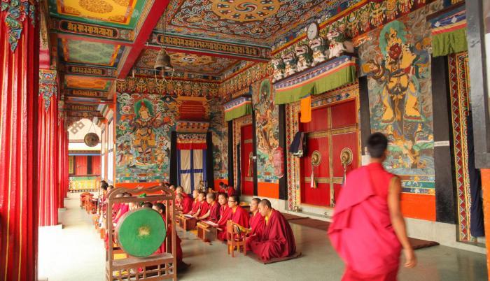 Monasterios en la India: símbolos de arte y reflexión