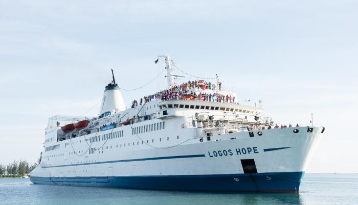 Barcos. Las embarcaciones que han formado parte de este programa han visitado alrededor de 1.500 puertos en 160 ciudades.