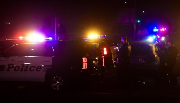El incidente se produjo en torno a las 23:20 hora local en el Borderline Bar & Grill, donde el presunto autor, encapuchado y vestido completamente de negro, abrió fuego contra todas las personas en el lugar.