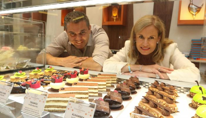 Empresarios. André Obiol, gerente, y Catherine Burrus, presidenta de Gourmandises by Yves Thuriès.