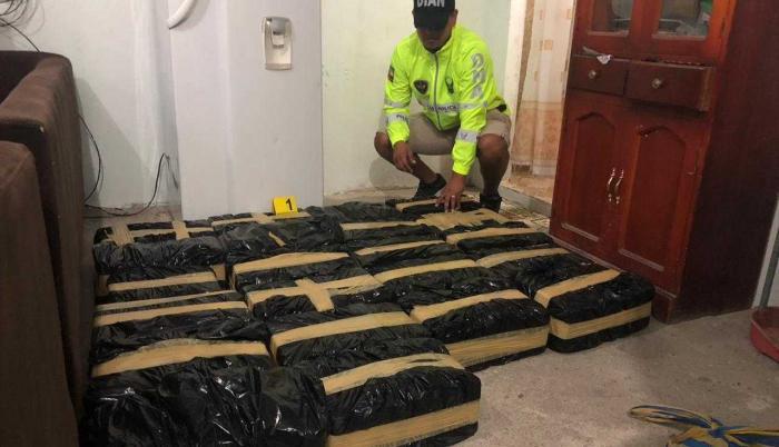 Referencial. La policía ha incautado a la organización más de dos toneladas de drogas, en otras operaciones.