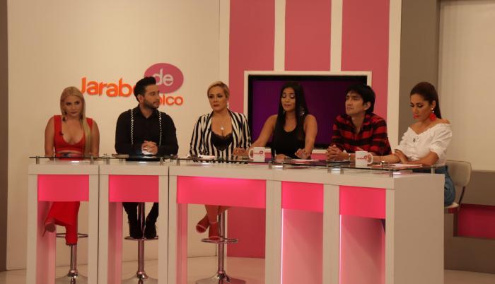 Soledad Barberán, Will Mendoza, Cynthia Naveda, Dora West, Emerson Morocho y Mónica Bucheli