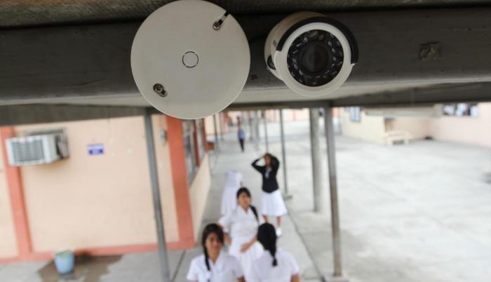 Instalación. El convenio se firmó en 2014 entre el Ministerio de Educación y el ECU 911; estará vigente hasta 2020.