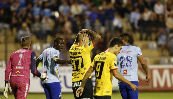 Ariel Nahuelpán, pese al esfuerzo mostrado, no pudo concretar el gol a favor de los toreros.