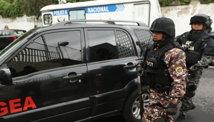 Seguridad. Los procesados llegaron a la Fiscalía en grupos de dos y tres. Fueron escoltados por comandos del Grupo de Operaciones Especiales.
