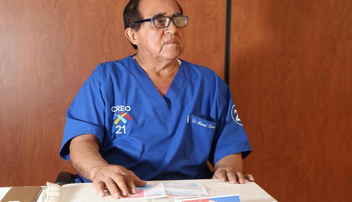Es precandidato a la Alcaldía de Daule por el movimiento CREO. Médico cirujano y doctor en Jurisprudencia. Tiene una maestría de Gerencia en Salud para el Desarrollo Local. Fue concejal de Daule en tres ocasiones.