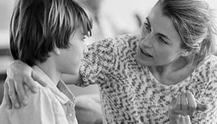 """""""La importancia de hablarle a nuestros hijos"""""""
