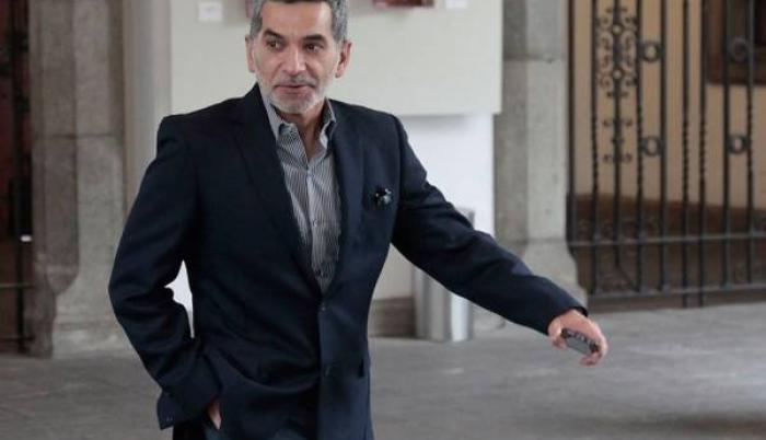 El pasado 21 de octubre, Alvarado anunció que se retiró el grillete de seguridad con el permanecía vigilado.