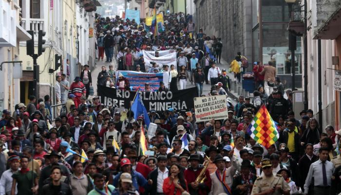 Marchas. Los movimientos indígenas caminaron durante once días para entregar un proyecto a la Asamblea.