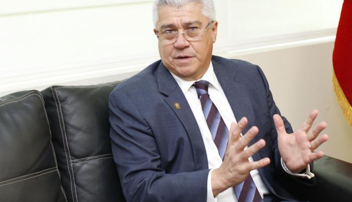 Jurado sostuvo que tiene una participación minoritaria del grupo Consolidados.