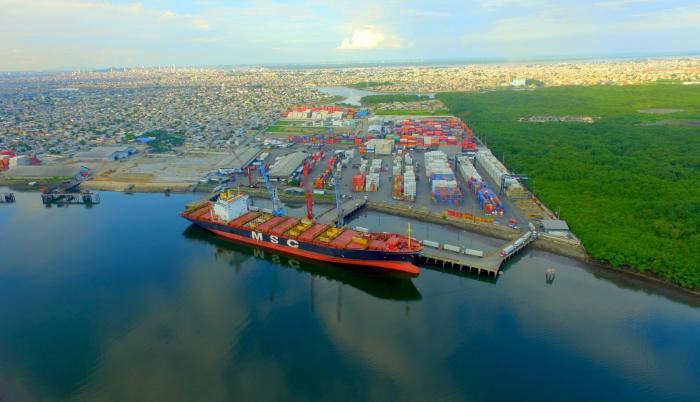 Infraestructura. El sistema portuario nacional es el de mayor desarrollo en la última década y se repotencia con el dragado del canal de acceso.