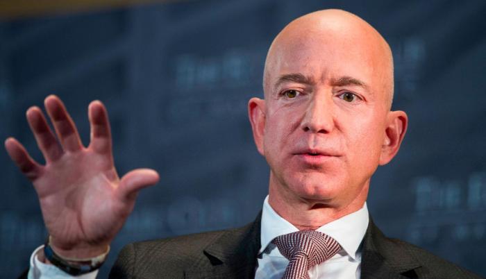 El multimillonario Jeff Bezos