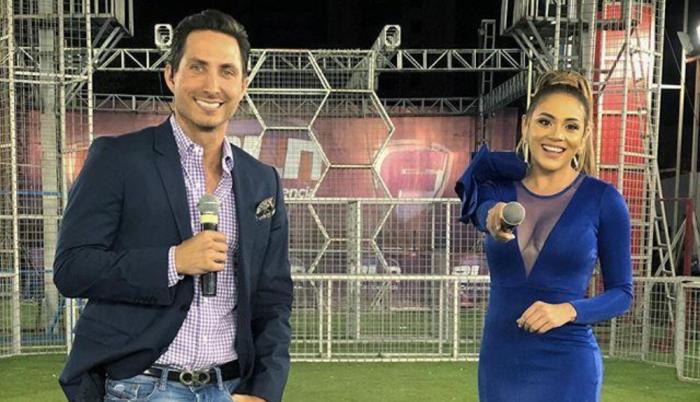 Eduardo Andrade y Ángela Orellana son los animadores del reality de la noche.
