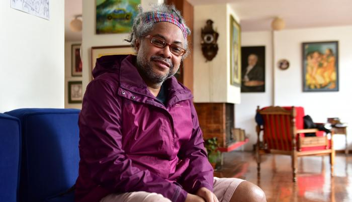Escritor-Francisco-Santana