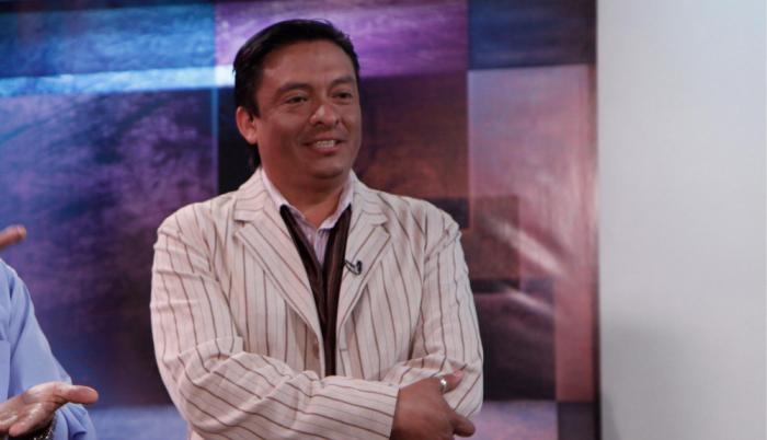 Jonathan Carrera en el tras cámara del programa 'Sorprendente' de RTS en 2011.
