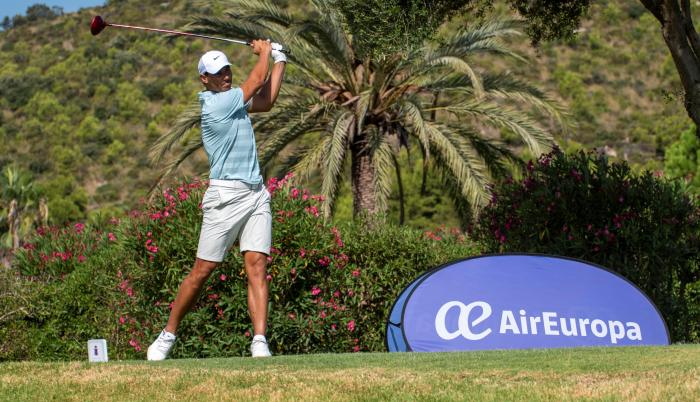 Rafael Nadal golf