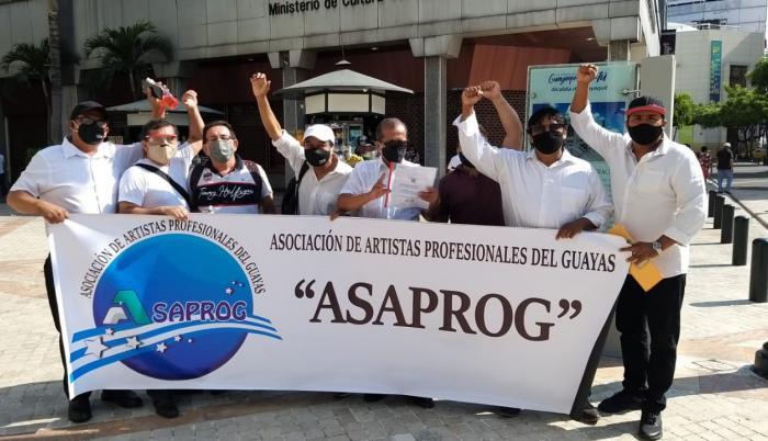 La Asociación de Artistas Profesionales del Guayas, en plantón.